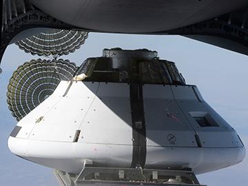 Une simulation réussie pour les parachutes d'Orion