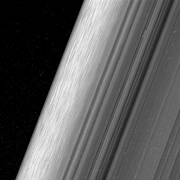 """Mission Cassini, phase """"Ring-Grazing Orbits"""" (30.11.2016 - 15.9.2017) PIA21057med-5890"""