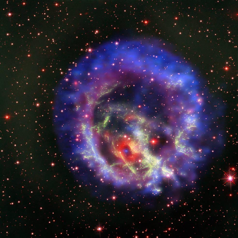 Une étrange étoile à neutrons dans le Petit Nuage de Magellan