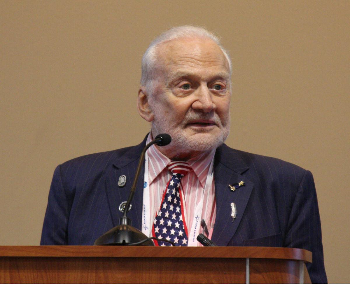 Buzz Aldrin torpille les plans de la Nasa pour retourner sur la Lune