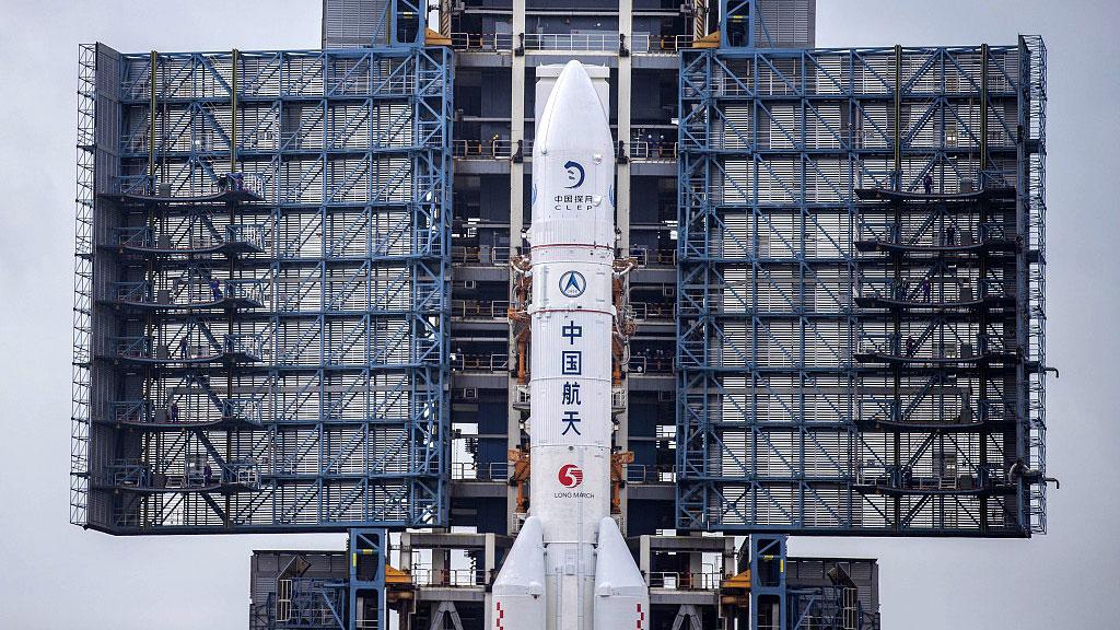 La mission Chang'e 5 décolle pour apporter de nouvelles pièces au puzzle lunaire