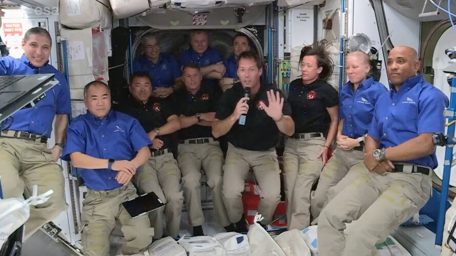 Affluence temporaire dans l'ISS
